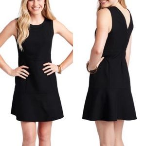 NWT Vineyard Vines black fit and flare dress 4